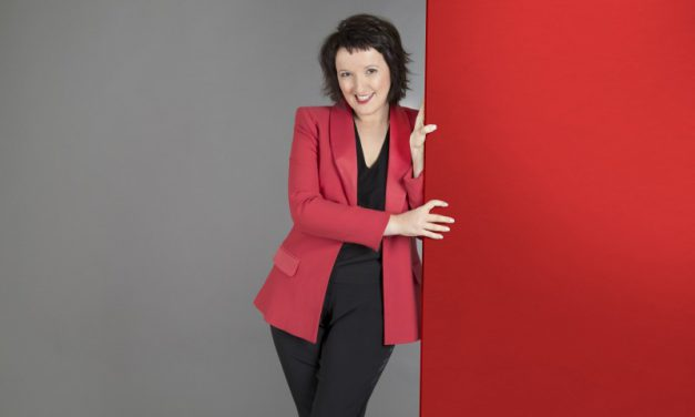 Spectacle d'Anne Roumanoff au Grand Angle